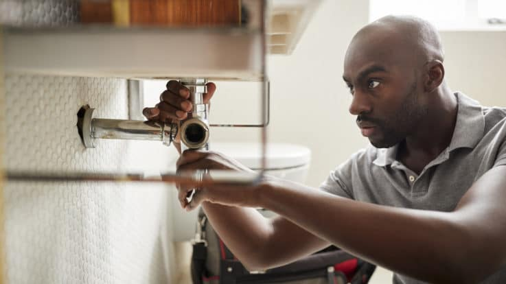 8 Key Qualities to Look for in a Plumber